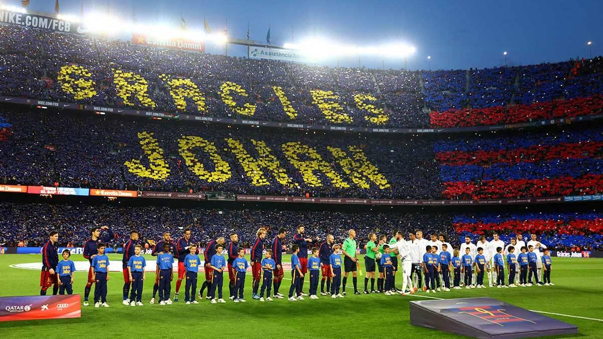 Emotivo homenaje del FC Barcelona y la afici�n hacia Johan Cruyff
