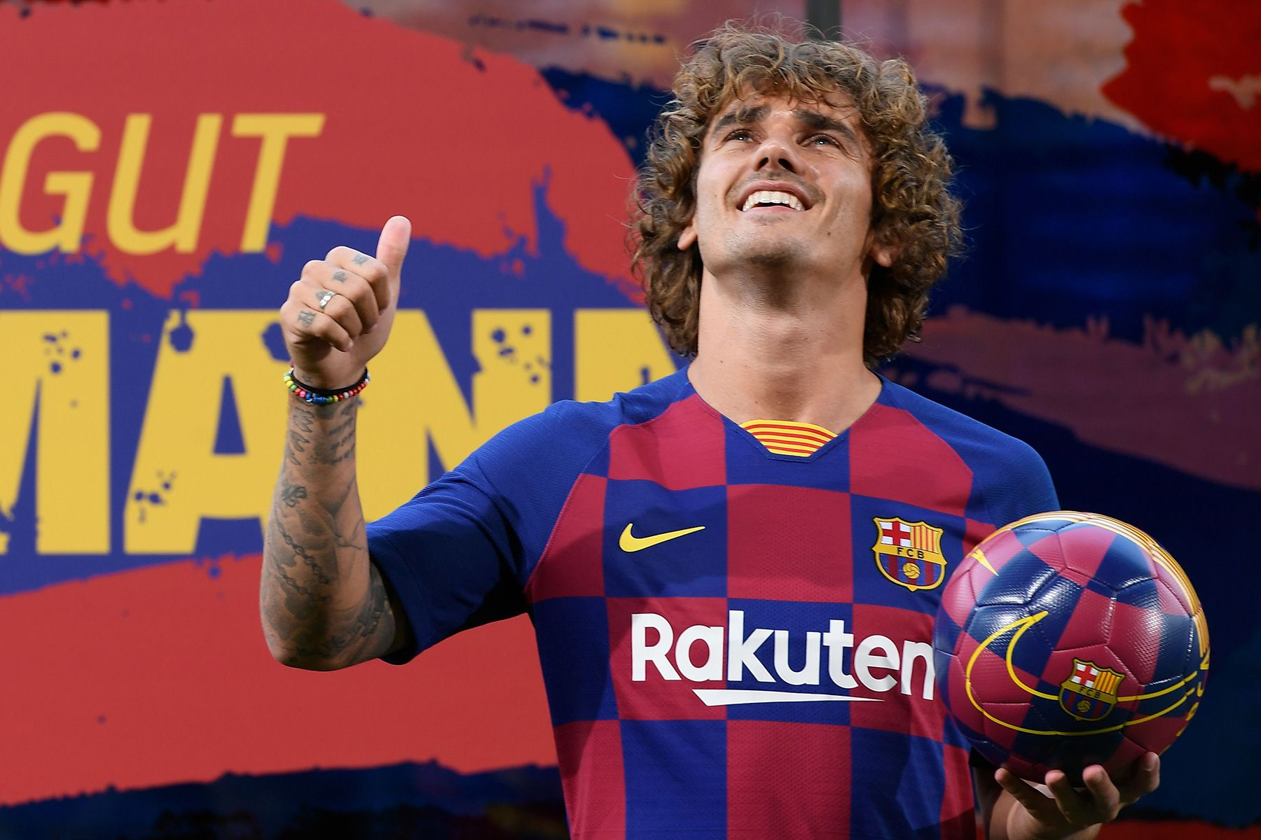 An ex manager of Griezmann has clear where would put him with Messi and  Suárez