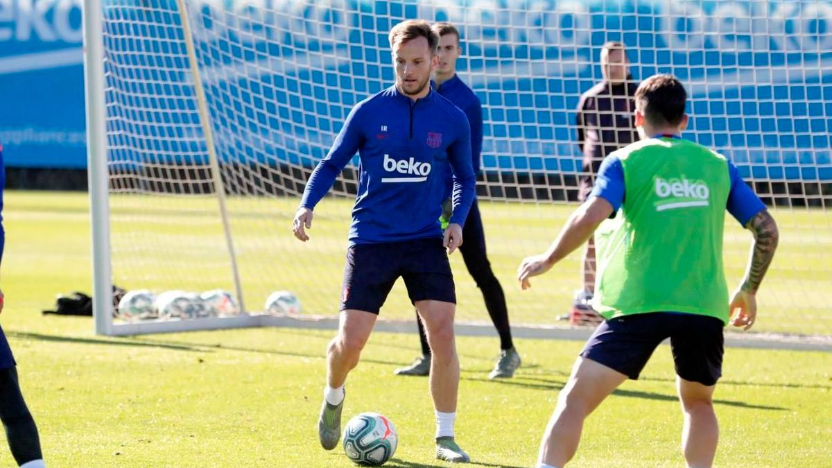 Abidal revela el plan del Barça con Ivan Rakitic - FC Barcelona Noticias