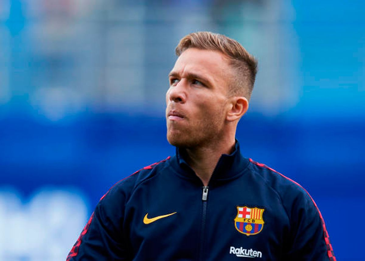 Barça must pay more for Arthur Melo