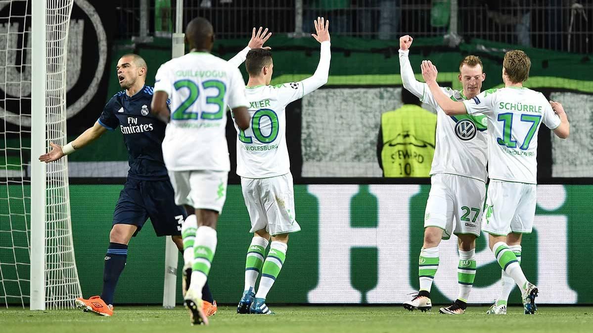 """El Wolfsburgo desnuda las vergüenzas del Madrid y el City """"araña"""" un empate"""
