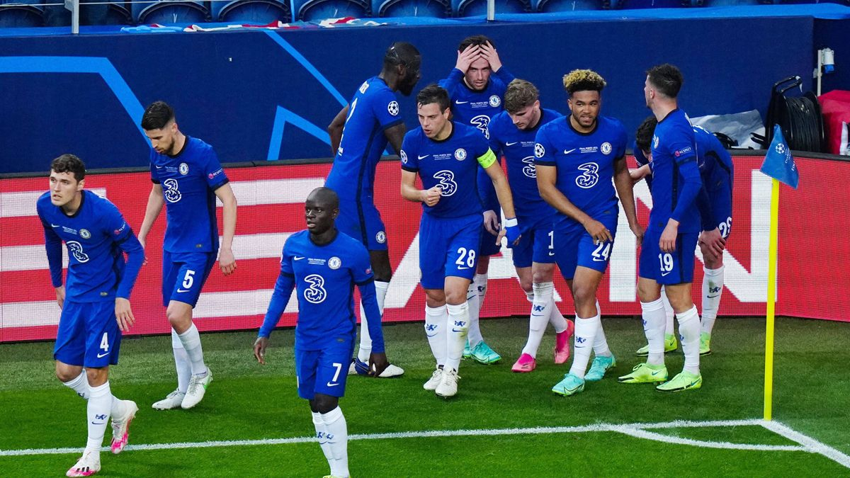 Europe turns 'blue'! Chelsea beat City to win the ...