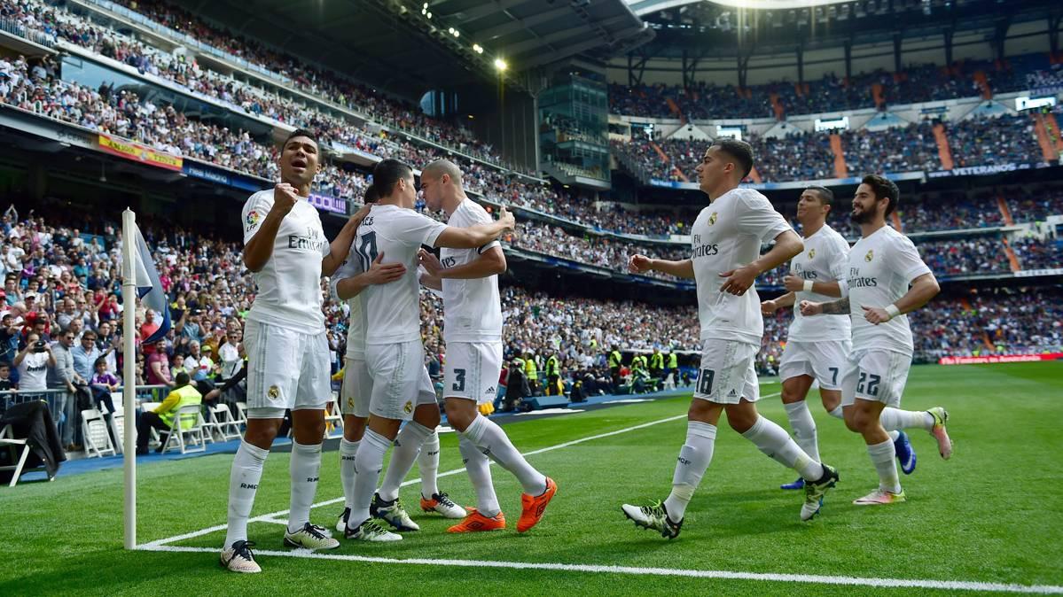El Real Madrid se agarra a la Liga a costa del Eibar (4-0)