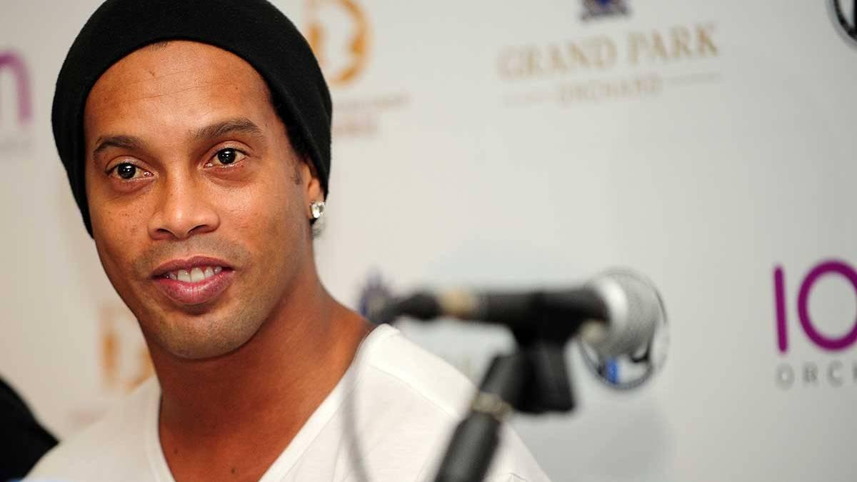 Ronaldinho Gáucho confirma que dejará el fútbol