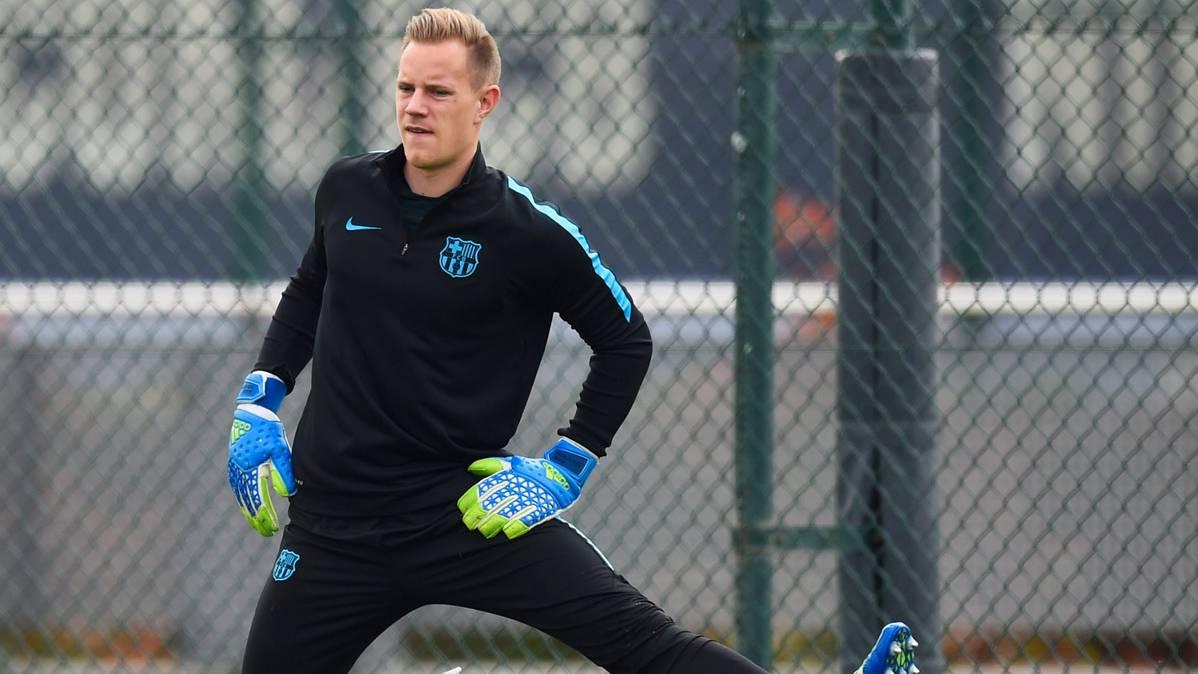 """Ter Stegen: """"Quiero jugar, pero tengo contrato hasta 2019"""""""