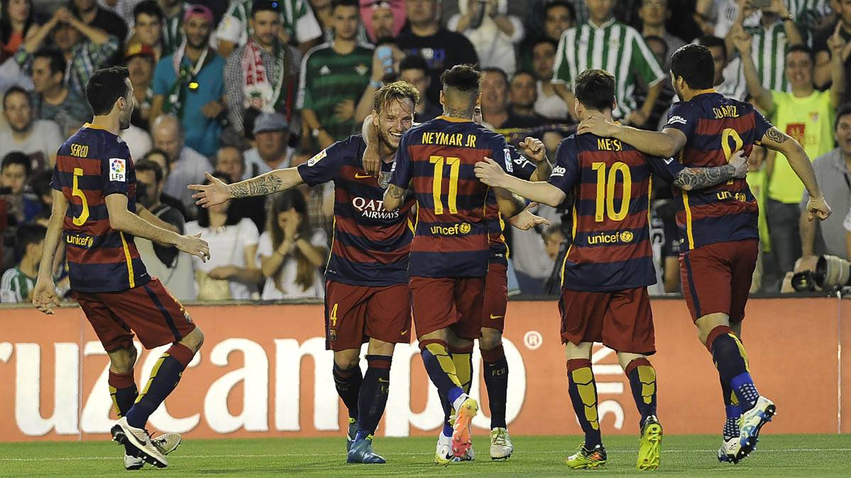 El FC Barcelona, celebrando el gol de Ivan Rakitic