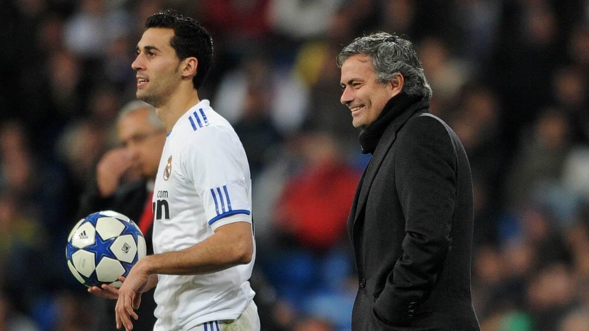 La falacia de Arbeloa sobre el duelo Mourinho-Bar�a