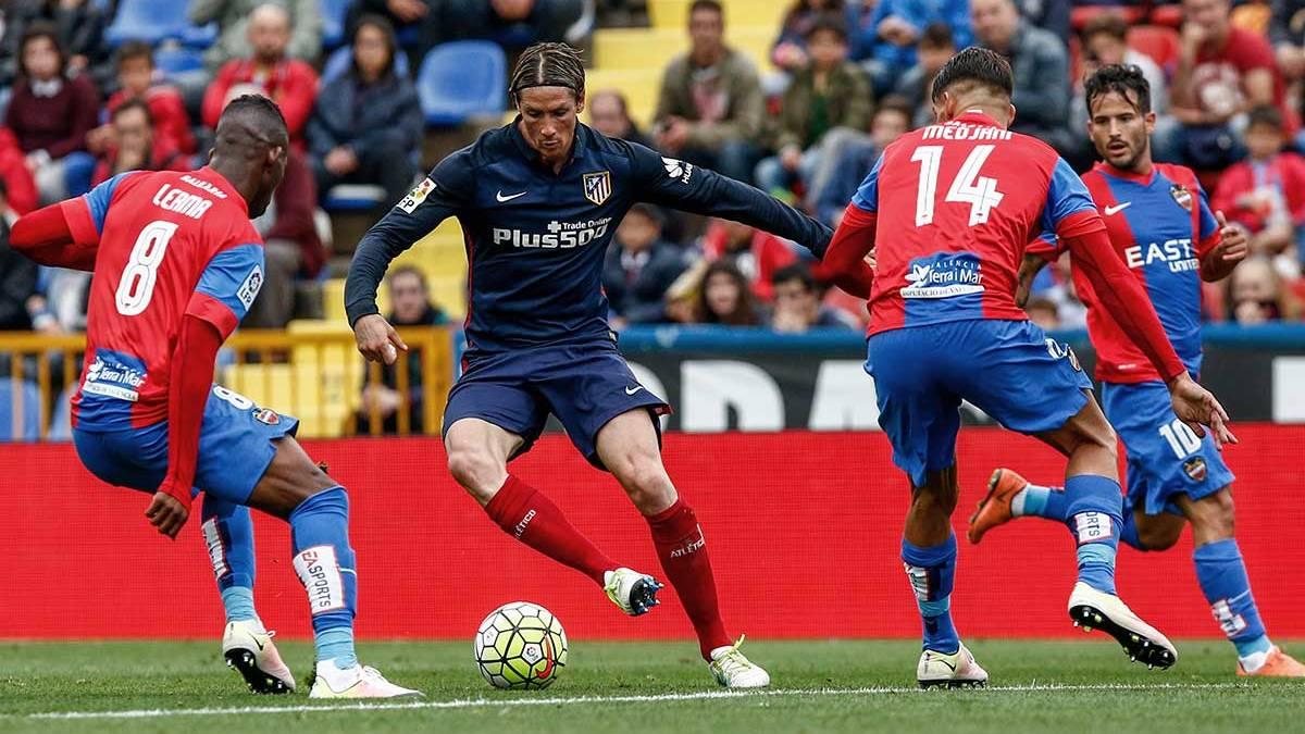 El Atlético de Madrid dijo adiós a la Liga ante el Levante (2-1)