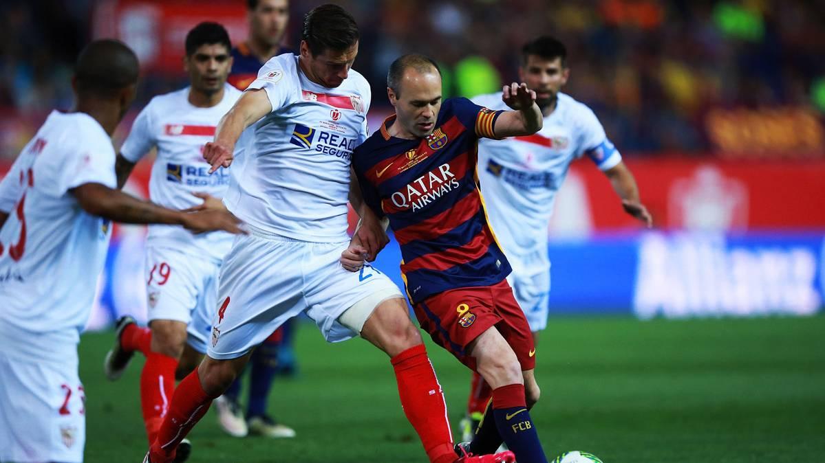 """Andr�s Iniesta: """"Tuvimos reacci�n de campe�n y orgullo"""""""