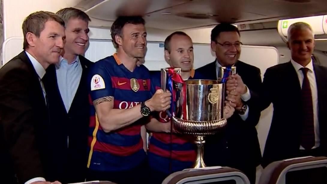 As� fue el brindis del Bar�a tras ganar la Copa del Rey