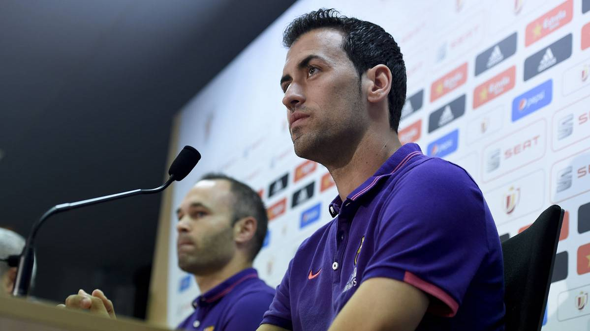 OFICIAL: Busquets renueva cinco temporadas con el Bar�a