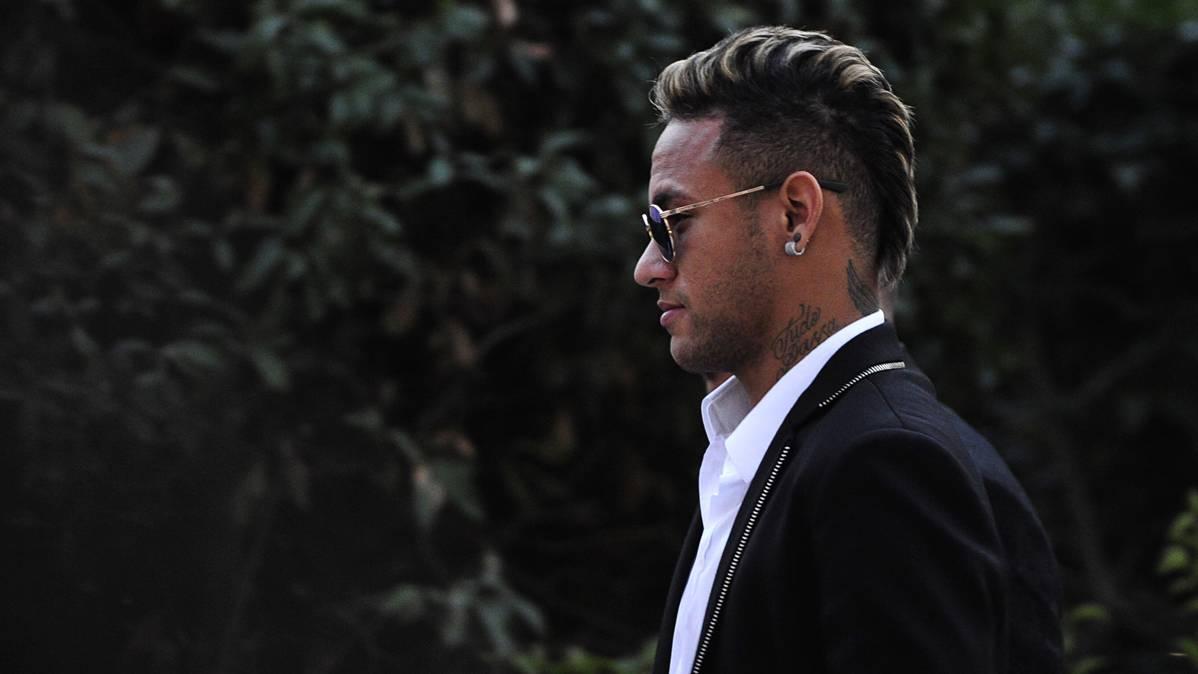 """La LFP pide documentación al Barça por el """"Pacto Neymar"""""""
