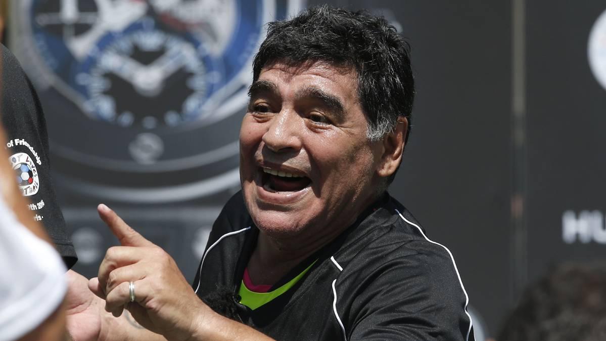 "Maradona afirma que Messi le dirá ""no"" a Bauza"