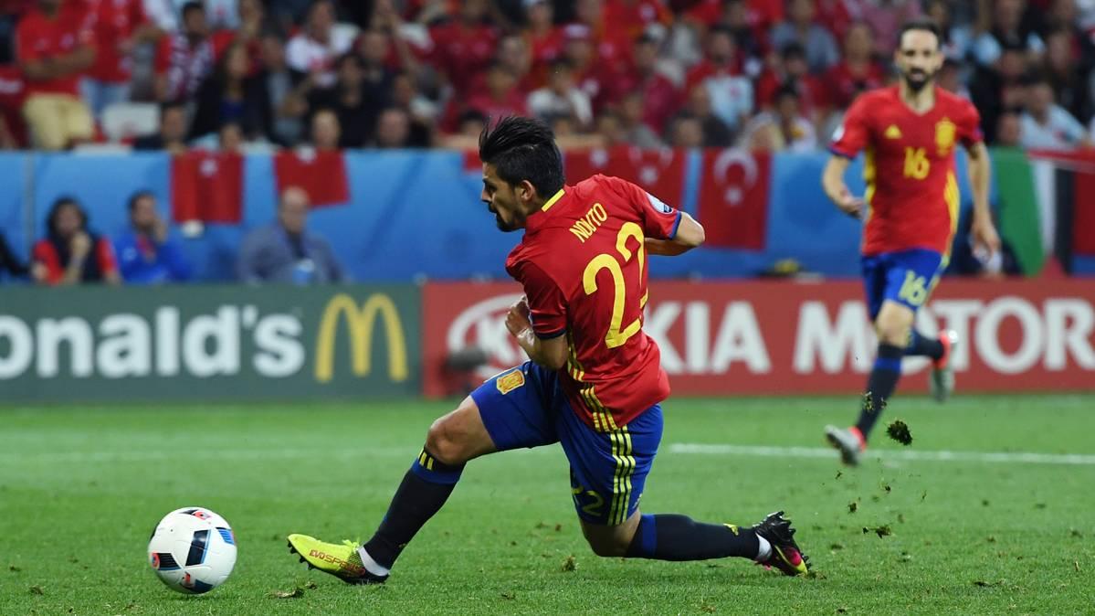 Nolito descarta haber fichado por el City ni hablar con Guardiola