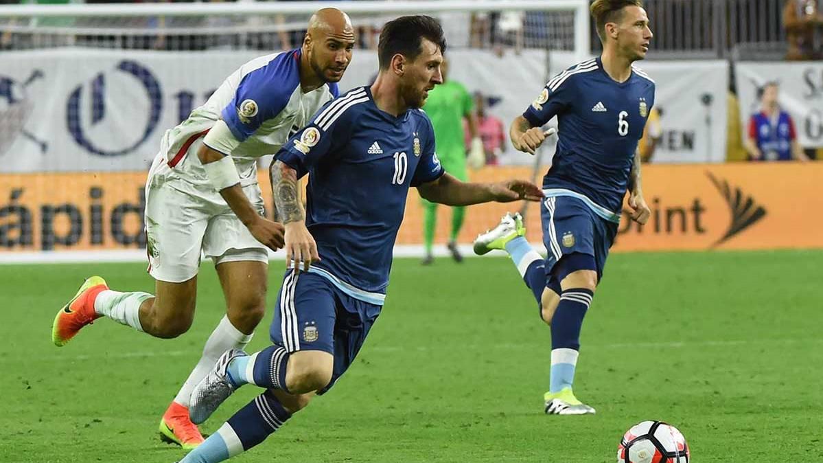 Leo Messi puede volver a superar a Pelé y Maradona