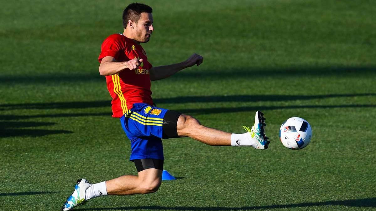 César Azpilicueta en un entrenamiento con la selección española en esta Eurocopa