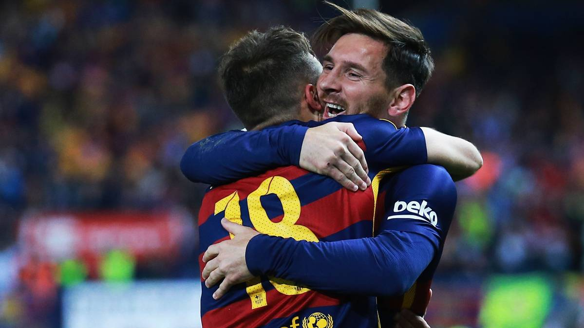 Alba destroza las comparaciones entre Messi y Cristiano