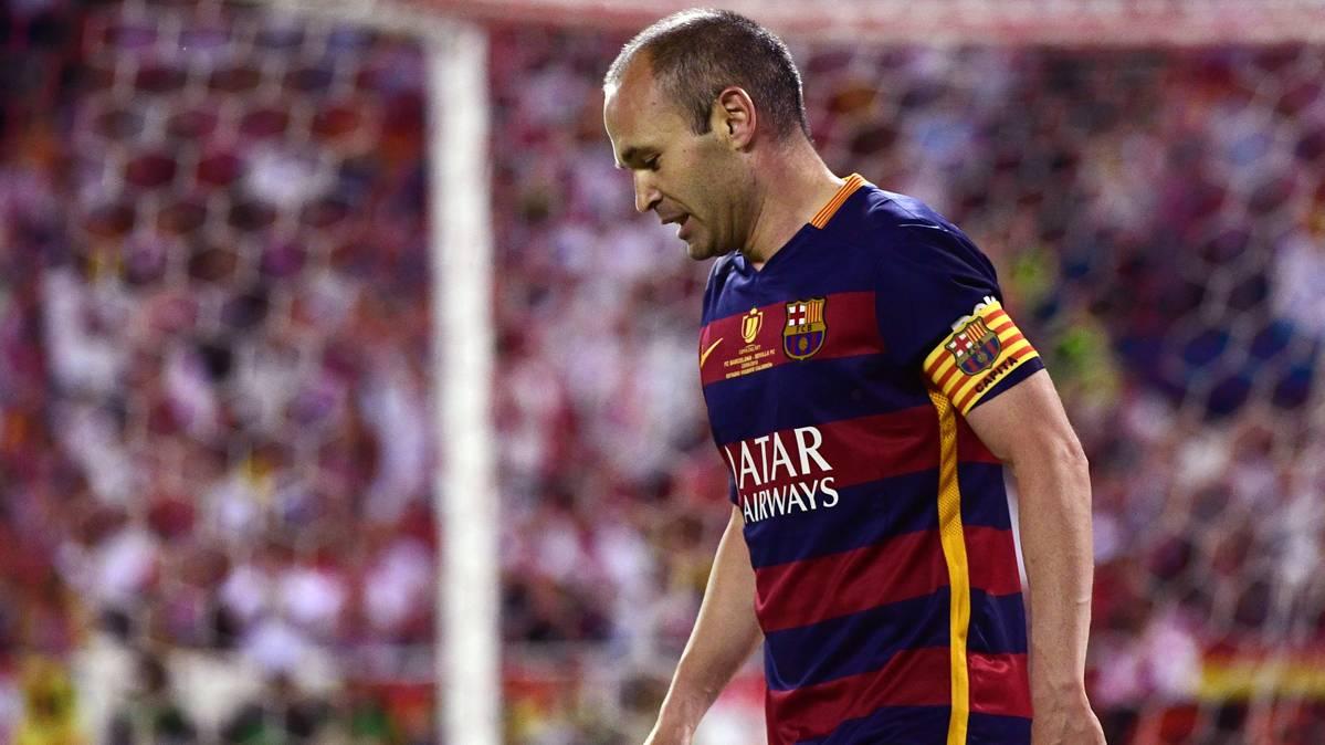 Iniesta avala la llegada de Andr� Gomes al FC Barcelona