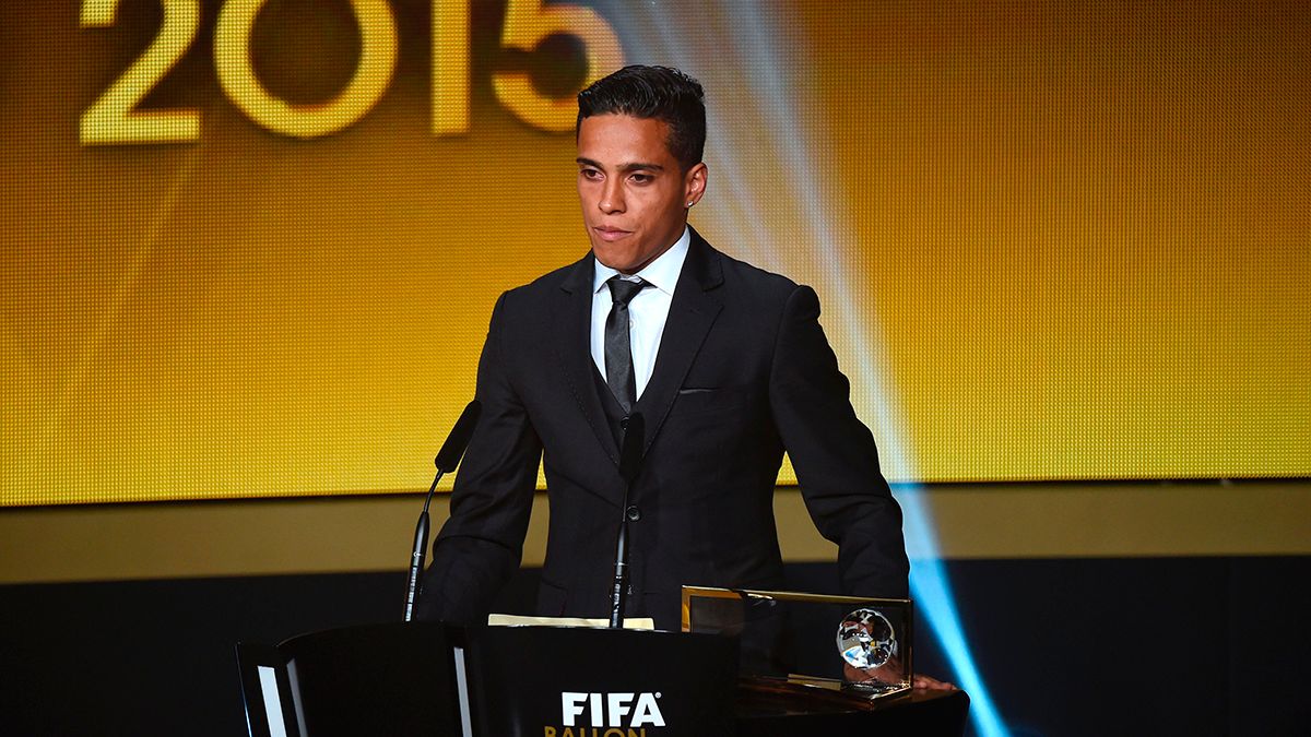 �El �ltimo Premio Puskas deja el f�tbol para jugar al FIFA!