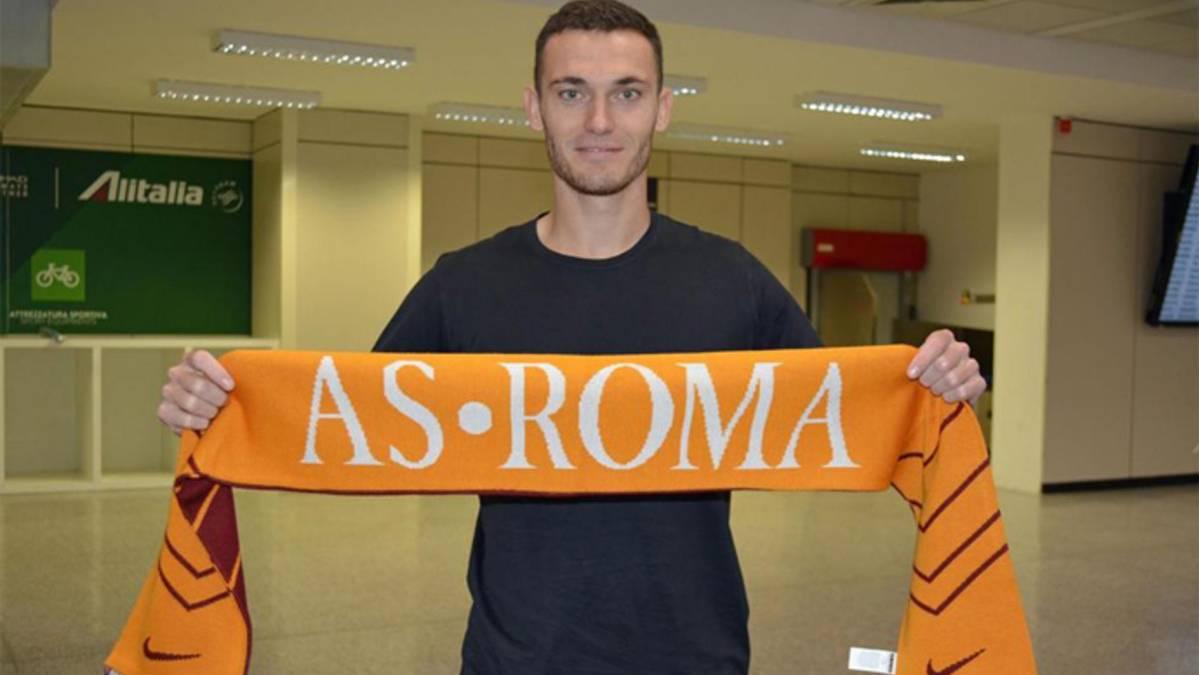 "<span class=""blue"">OFICIAL:</span> Bar�a y Roma acuerdan la cesi�n de Thomas Vermaelen"
