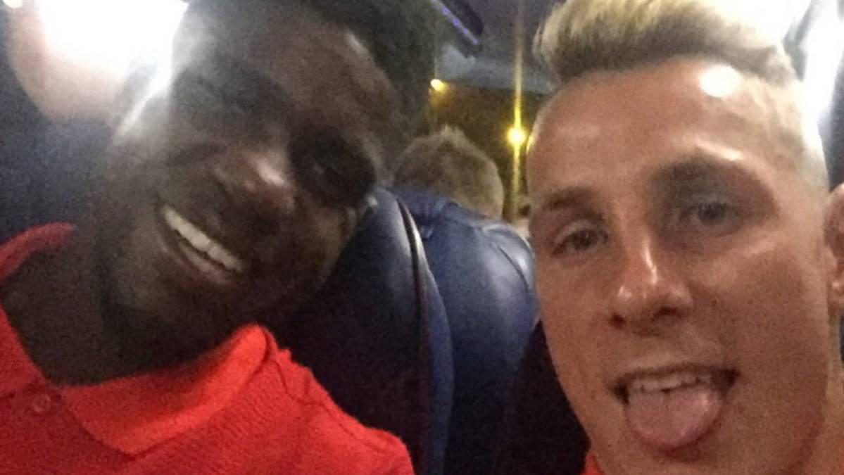 La gran felicidad de los jugadores del Bar�a tras ganar al Sevilla