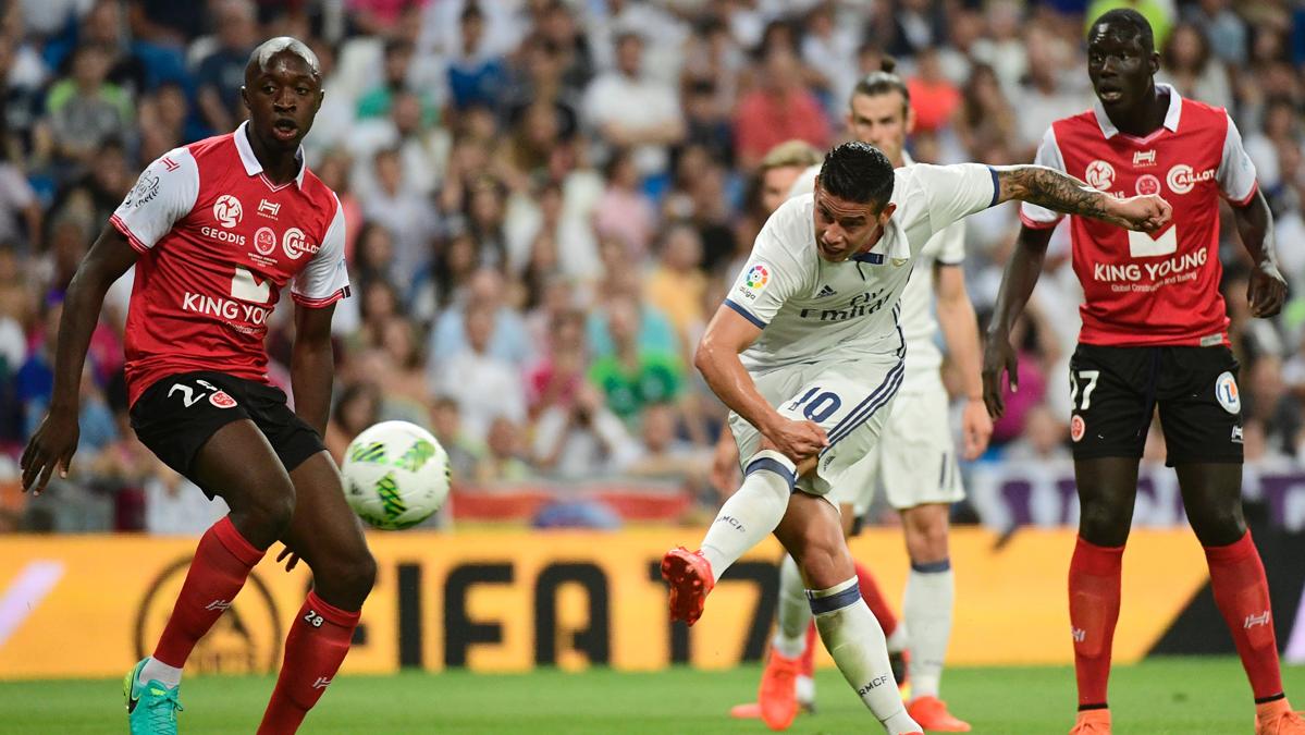 El Real Madrid, al borde del ridículo en el Trofeo Bernabéu