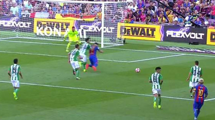"<span class=""red"">POL�MICA:</span> Undiano se ""comi�"" un penalti sobre Luis Su�rez"