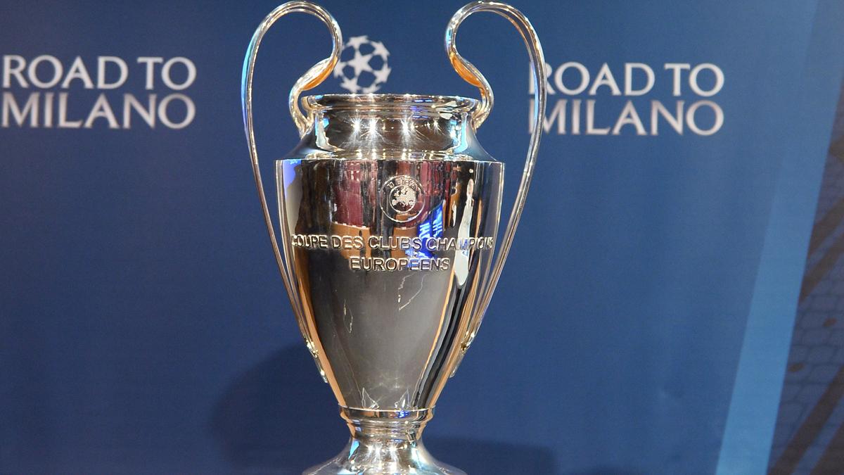 Imagen del trofeo de UEFA Champions League 2015-16