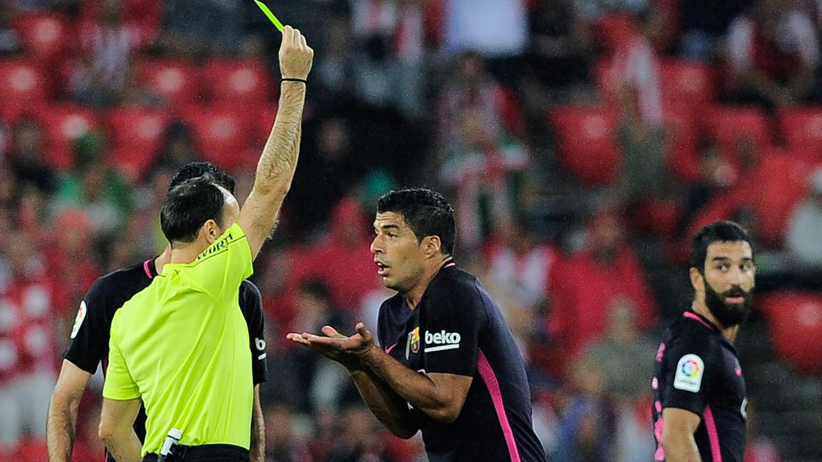 """<span class=""""red"""">VERG�ENZA:</span> El arbitraje """"casero"""" de Mateu indign� al Bar�a"""