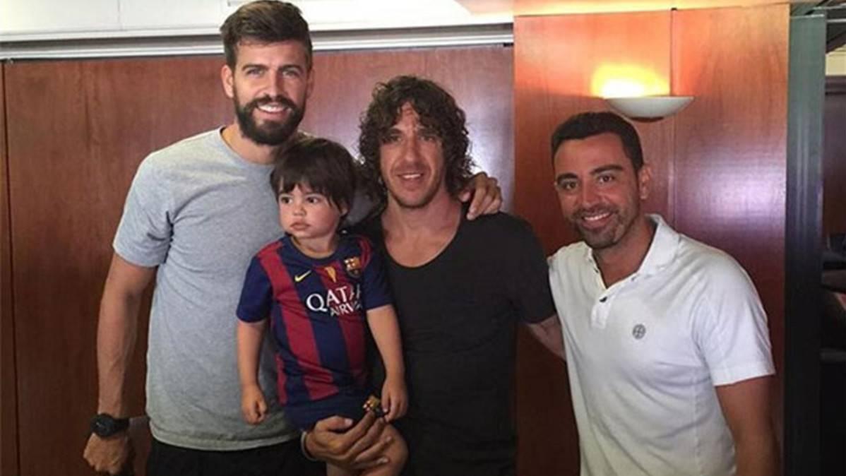 """Xavi se """"apunta"""" a entrenador del Barça con Piqué de """"presi"""""""