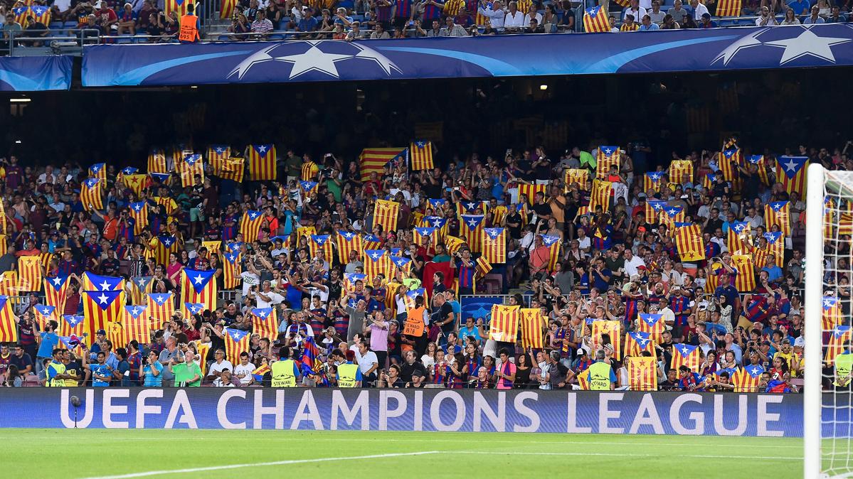 Libertad de expresi�n con 30.000 esteladas en el Camp Nou