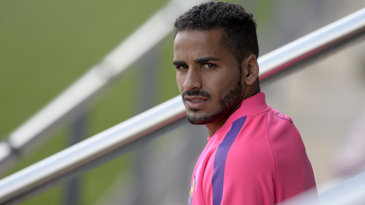 El estrambótico incidente de Douglas con el Barcelona
