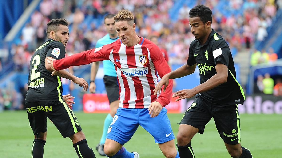 Los jugadores del Barça hablaron de la extraña lesión de Douglas
