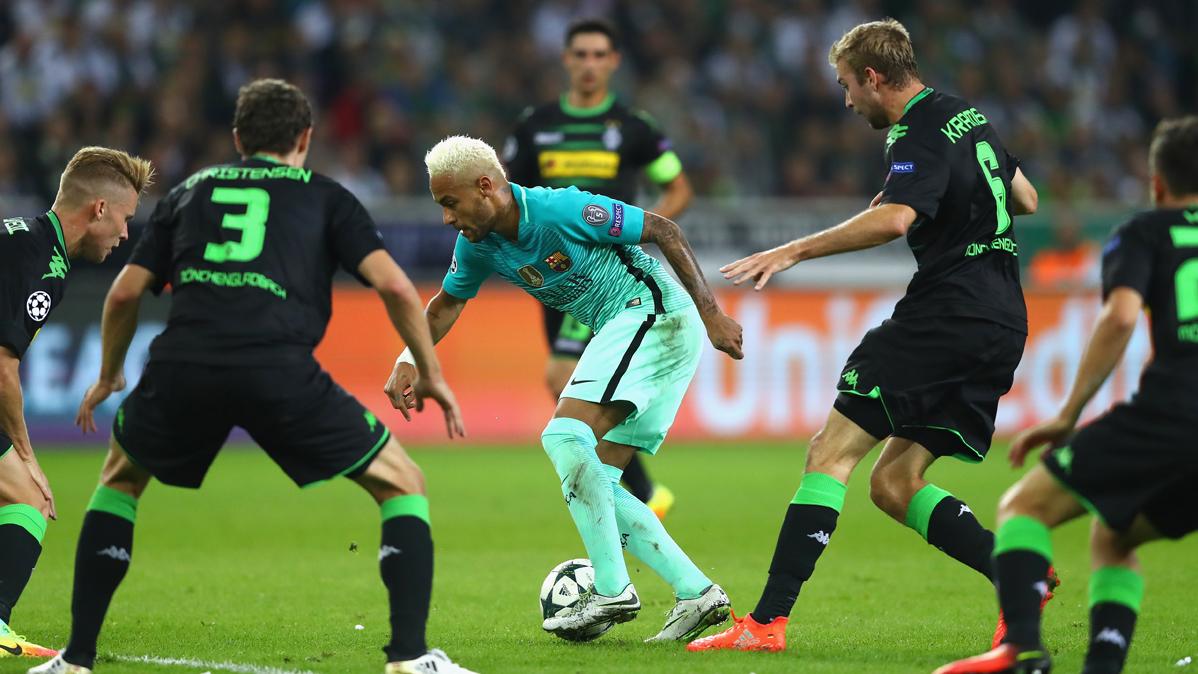 El Bar�a cambi� la t�ctica contra el Borussia M'Gladbach