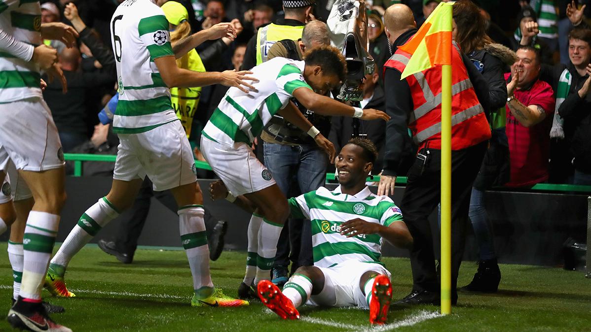 El Celtic acaba con la racha del City y hace al Bar�a l�der (3-3)