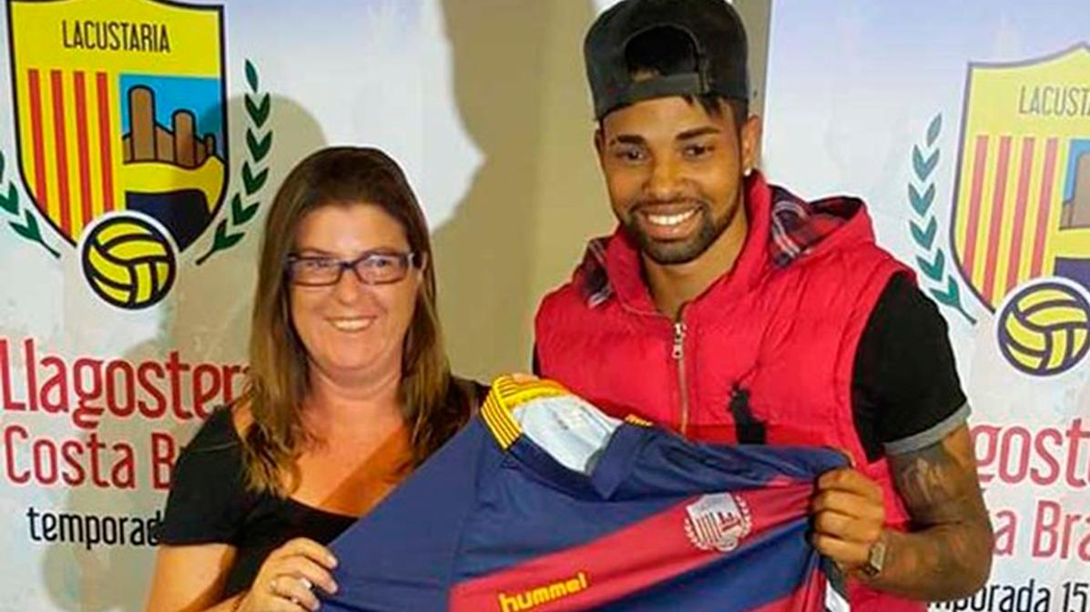 El Barça volverá a la carga contra el Santos por Giva