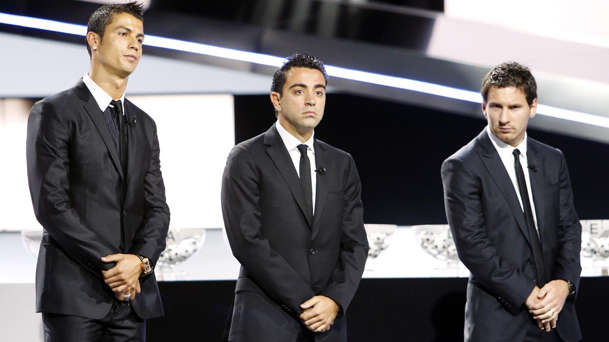 ¡Xavi Hernández vuelve a hablar sobre Cristiano Ronaldo!