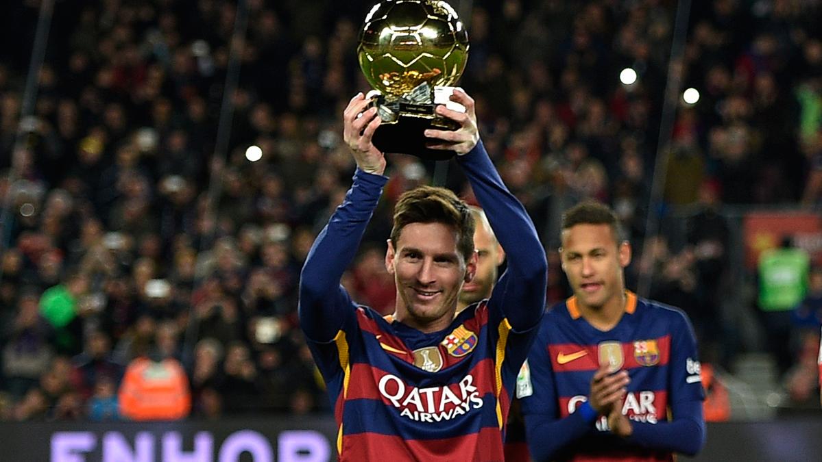 Ronaldinho Gaúcho le daría el Balón de Oro 2016 a Leo Messi