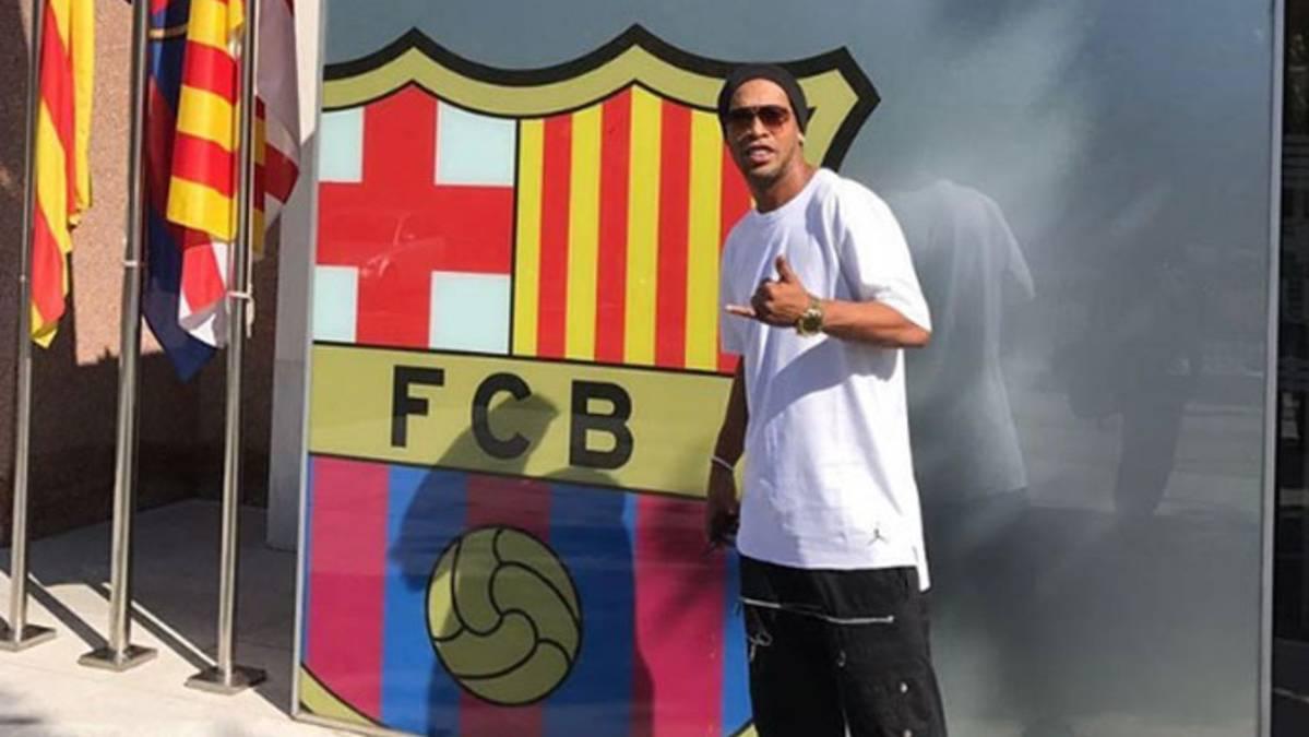 Ronaldinho, reunido para fichar de nuevo por el Barça