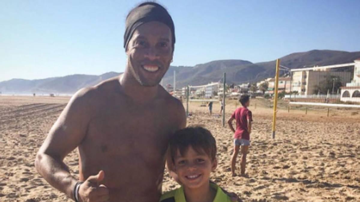 Descubierto el misterio por el que Ronaldinho no estaba en el palco