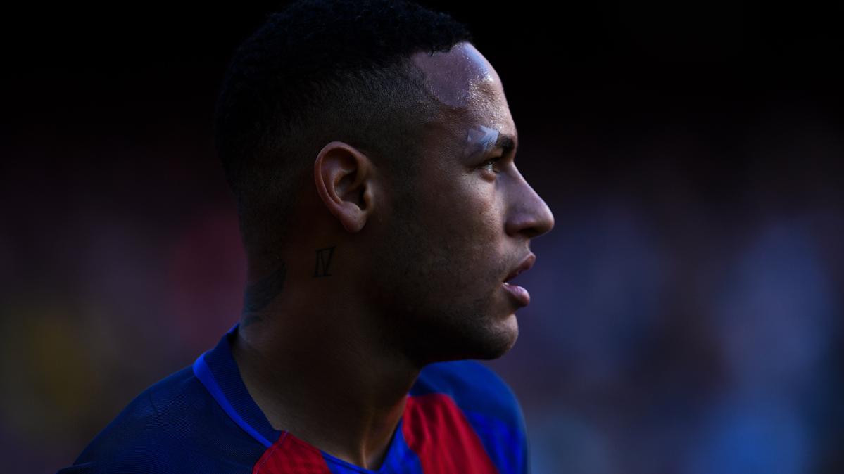 Neymar se pone a 100 contra el Valencia en Liga Santander