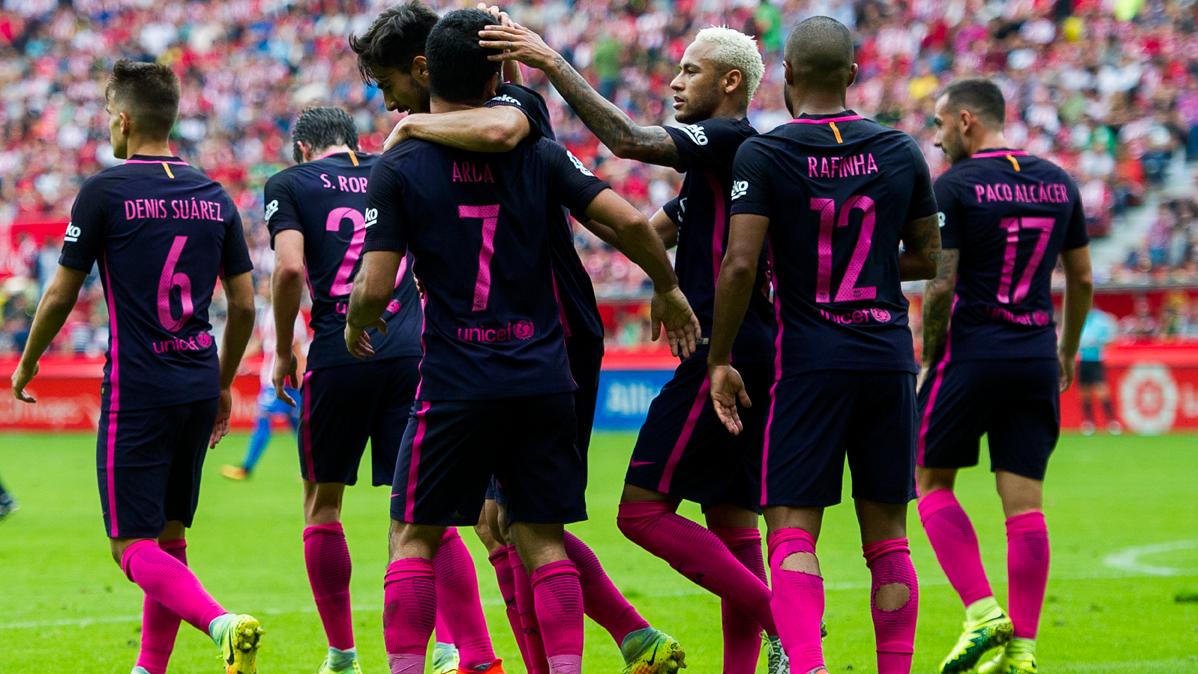 Los jugadores que lucharán por el puesto de Iniesta en el Barça