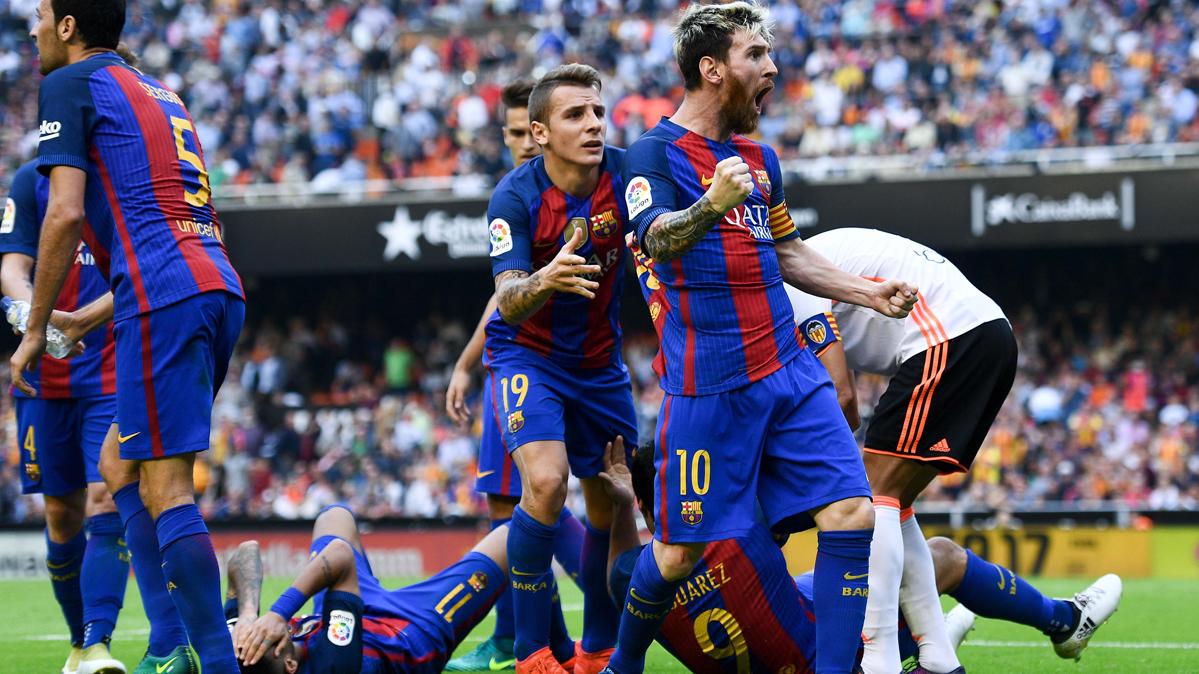 Leo Messi, celebrando con rabia el gol marcado al Valencia