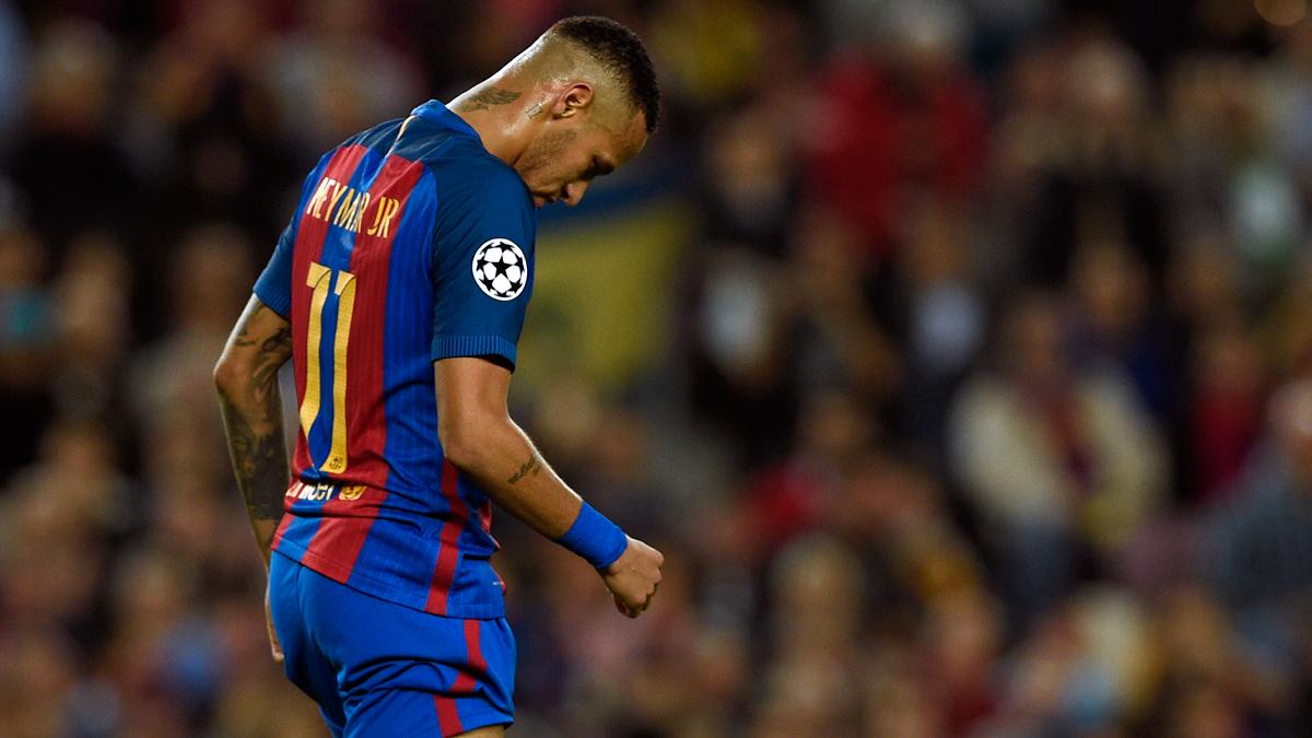 """¿Está protegiendo el Valencia al autor del """"botellazo"""" a Neymar?"""