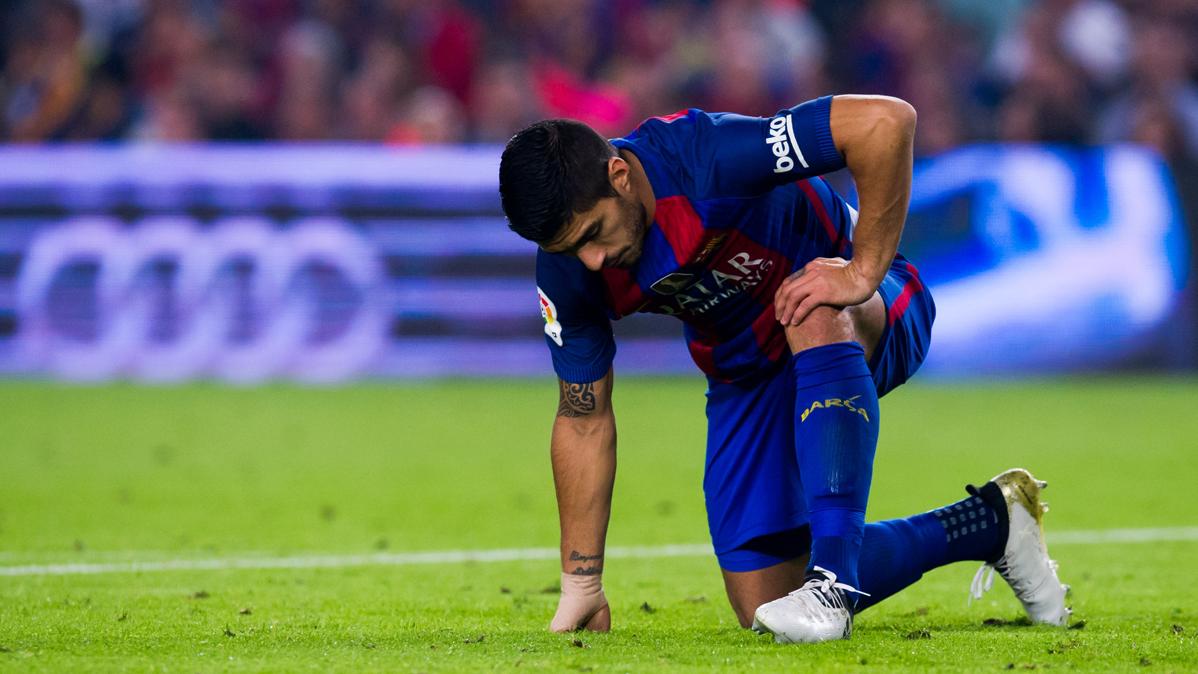 ¿Se enfadó Luis Suárez por el cambio contra el Granada?
