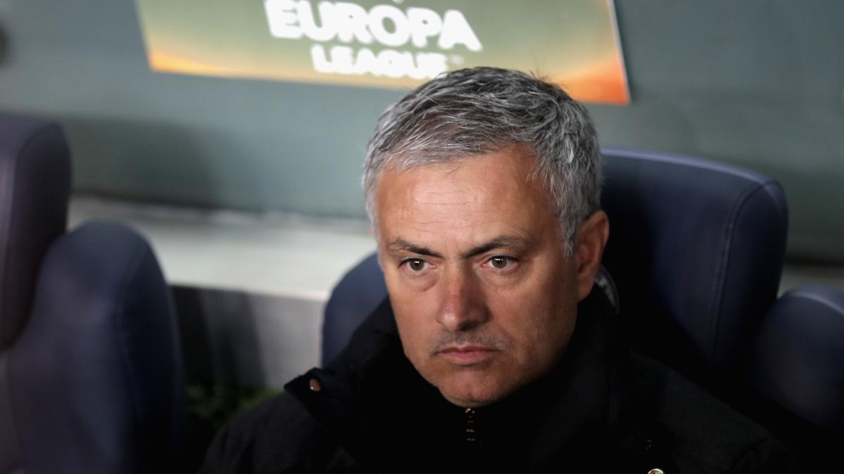 Mourinho humilla a sus jugadores tras otra derrota del United