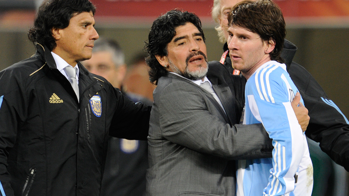 La defensa a ultranza de Maradona a Messi en Argentina