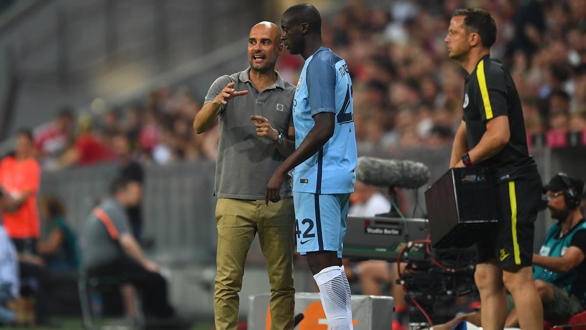 """La """"conversación privada"""" de Guardiola con Touré Yaya"""