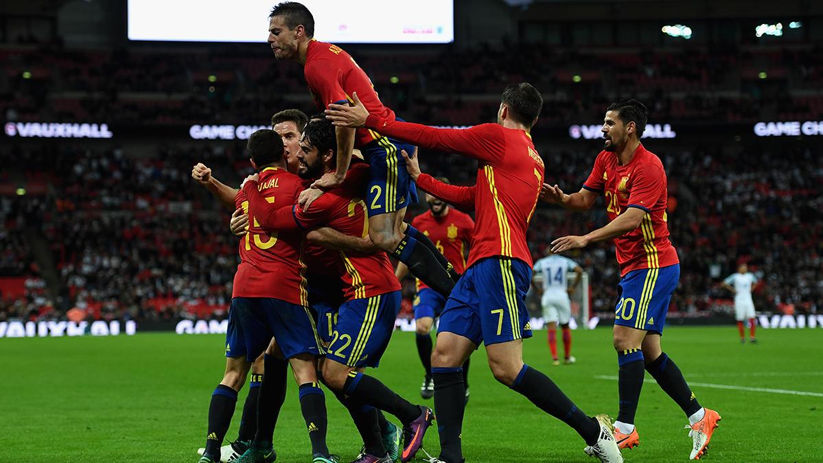 "Remontada ""in extremis"" de España ante Inglaterra (2-2)"