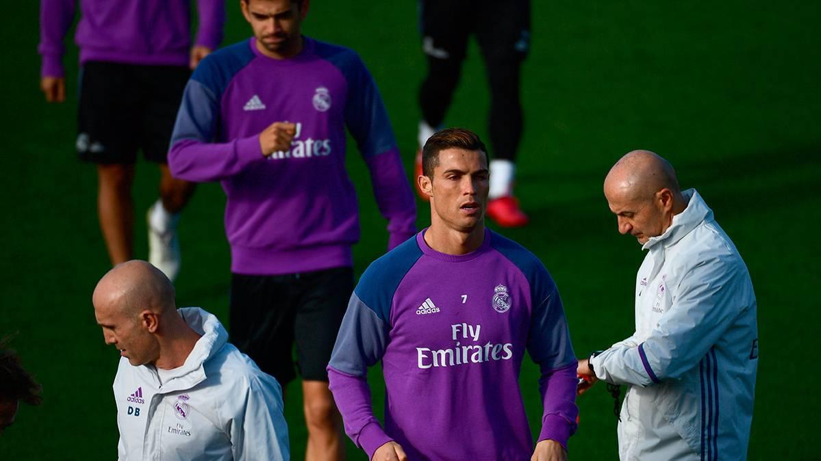 Estos son los jugadores del Real Madrid convocados ante el Barça